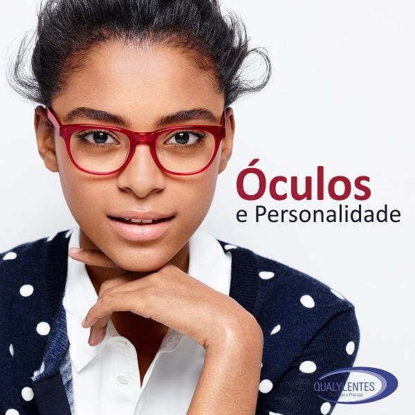Óculos e Personalidade